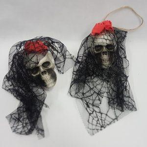 Small skull decoration