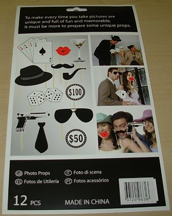 oo7 Photo booth props