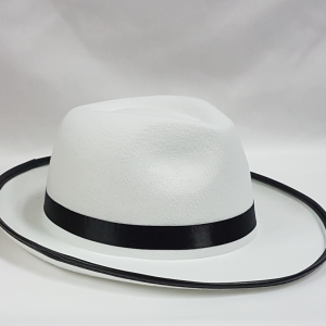 White mafia hat with black edge