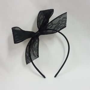 Lace hairbow on headband