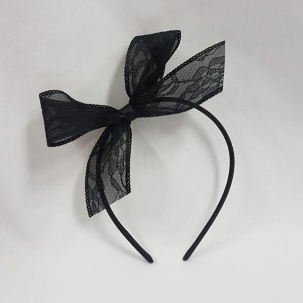Lace hairbow on headband