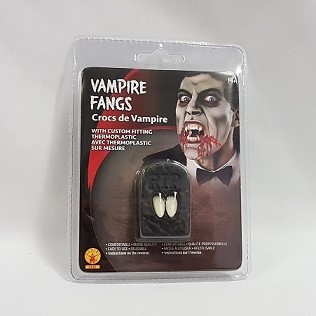 Vampire fangs with thermoplastic