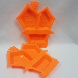 Haunted house treat tray orange