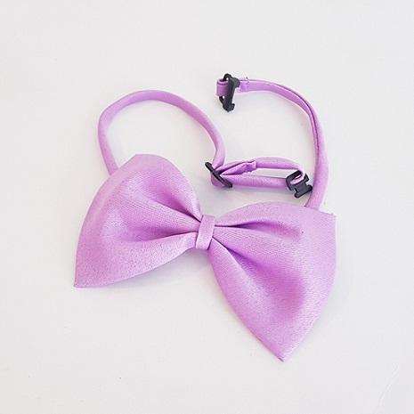 Mauve bow tie