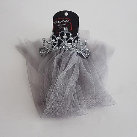 Tiara veil grey