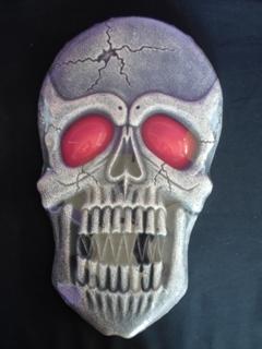Large light up skull decoration
