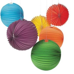 Decorating with accordian balls